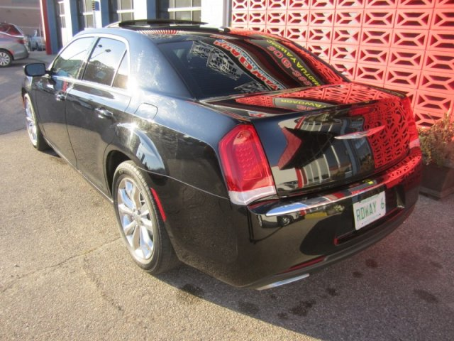 Certified Pre-Owned 2015 Chrysler 300 Touring