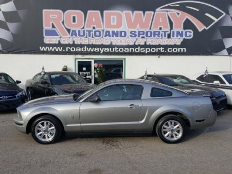 Certified Pre-Owned 2009 Ford Mustang LEATHER